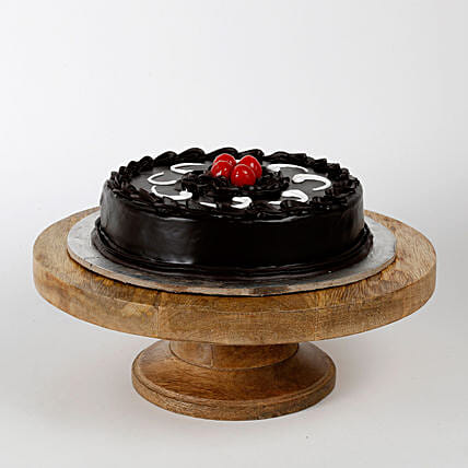 Truffle Cakes Half Kg Eggless:Send Midnight Gifts for Valentines Day