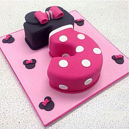Classic Minnie Cake 2kg Chocolate