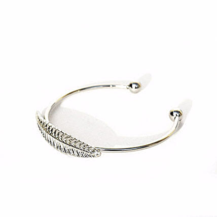 Elegant Single Leaf Silver Bracelet