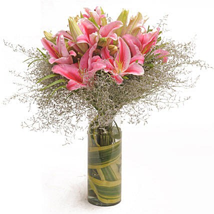 Fathers Day Spl Oriental Lilies By FNP