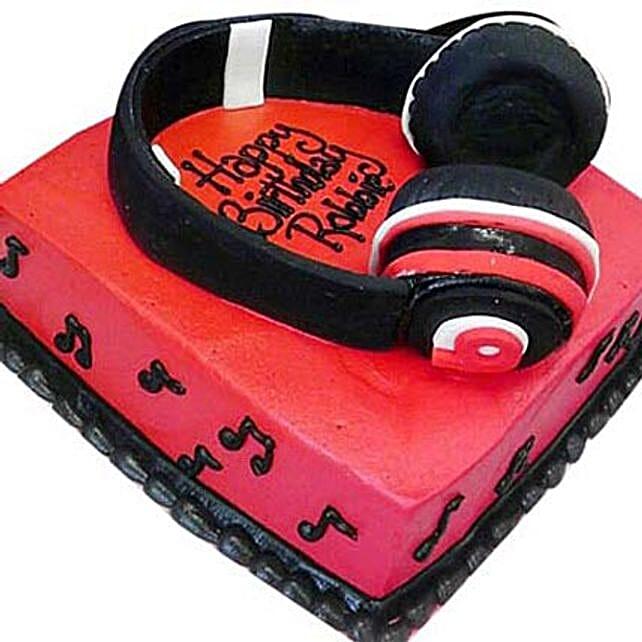 Headphone Shape Cake 3Kg Eggless Butterscotch