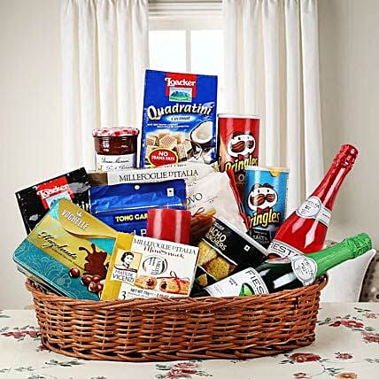 Hearty Sweet and Savory Basket FNP