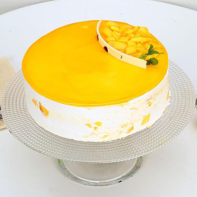 Mango Delight Cake Half kg