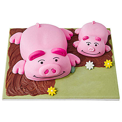 Percy Pig Fondant Cake Pineapple 5kg Eggless