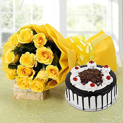 Perfect Combo To Gift - Bunch of 12 Yellow Roses with 500gm Blackforest.:Send Wedding Gifts to Hyderabad