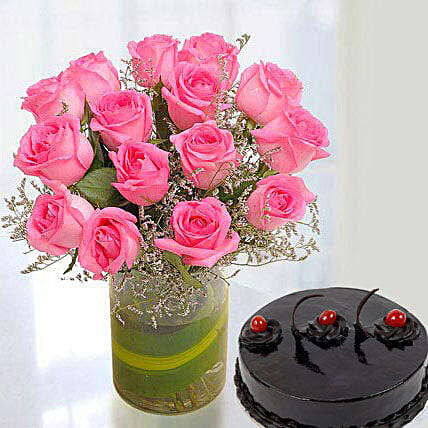 Pink Roses Arrangement With Cake