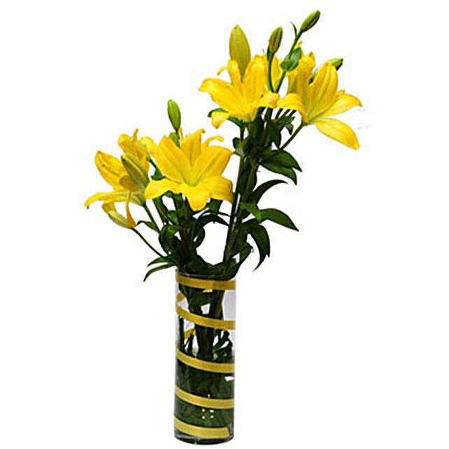 Sunshine Flower - Glass vase arrangement of 6 yellow asiatic lilies.