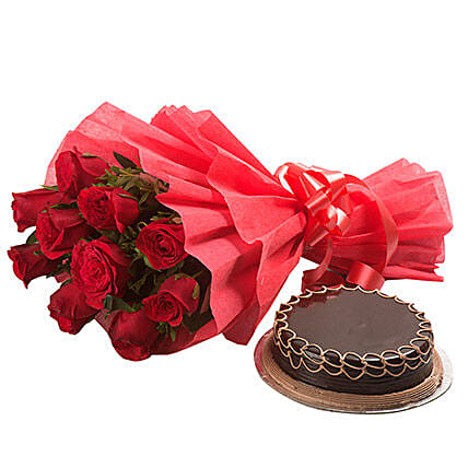 Valentine Red Roses with Cake