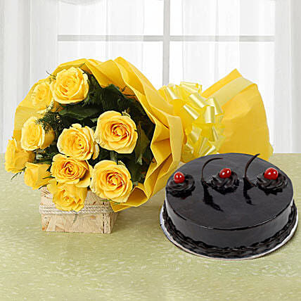Yellow Roses and Cake Eggless Standard