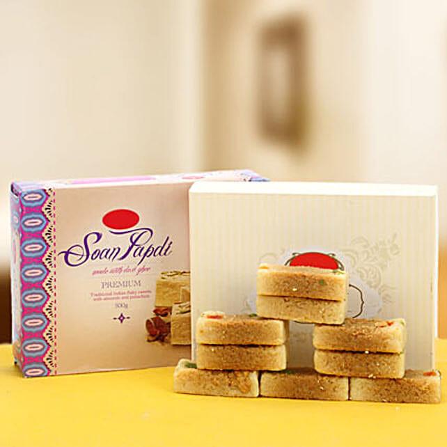 The amazing Duo-Soan Papdi 500gms,Milk Cake 500gms