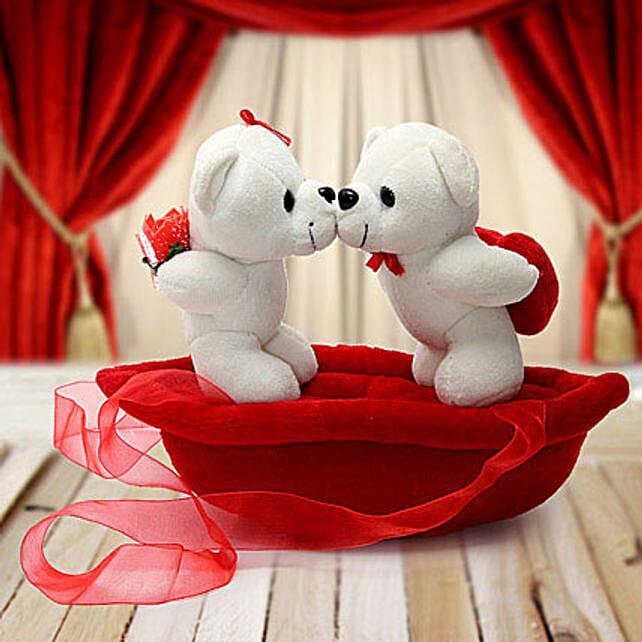 Romantic Teddies on Boat Valentine:Soft Toy