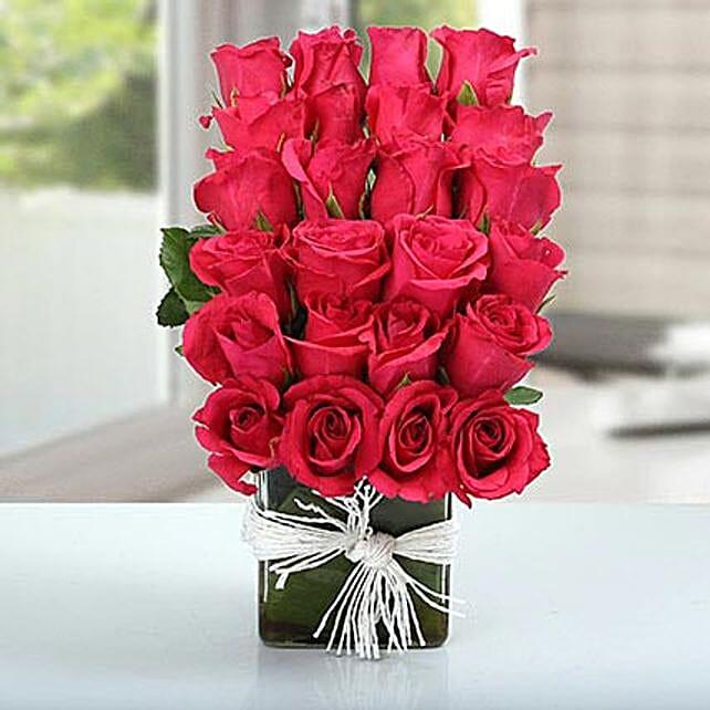 Dark pink rose glass vase arrangement