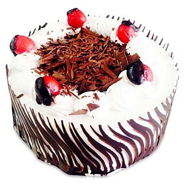 Exotic Blackforest Cake Half kg:Gift Store