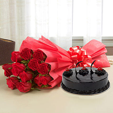 Roses N Cake - Bunch of 12 Red Roses with 500gm Chocolate Cake.:Gifts to Srinagar
