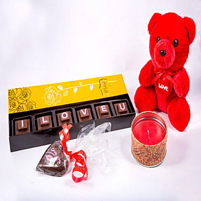 Teddy And Candle With I LOVE U Chocolates 6