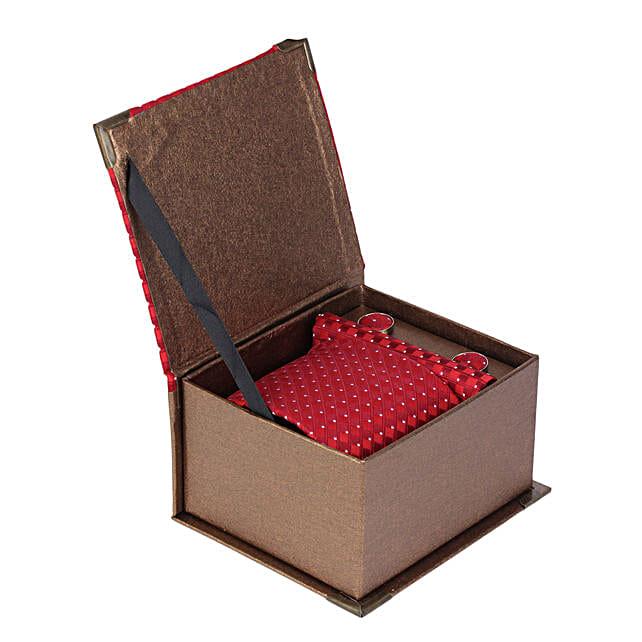 Alvaro Castagnino Maroon Necktie Pocket Square & Cufflinks in Golden Box for Men