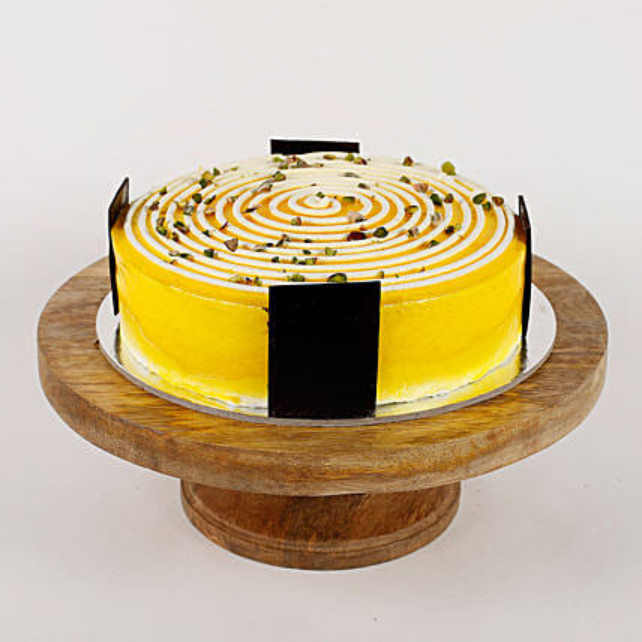 Cream Circle Pineapple Cake- Half Kg Eggless