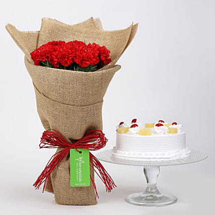 10 Red Carnations & Pineapple Cake