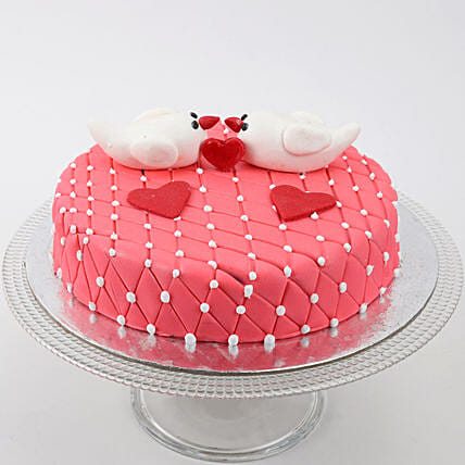 Kissing Birds Truffle Cake 1.5 Kg Eggless