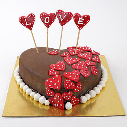 Valentine Red Hearts Butterscotch Cake 1 Kg Eggless