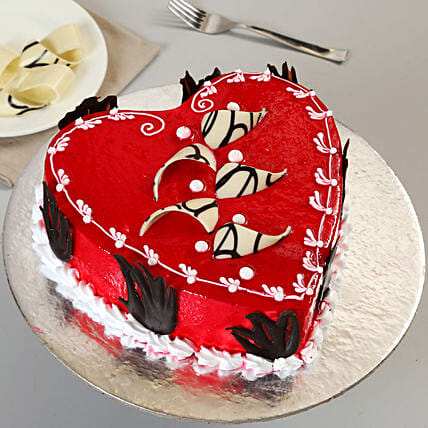 Decorated Red Heart Cake 1kg Vanilla Eggless
