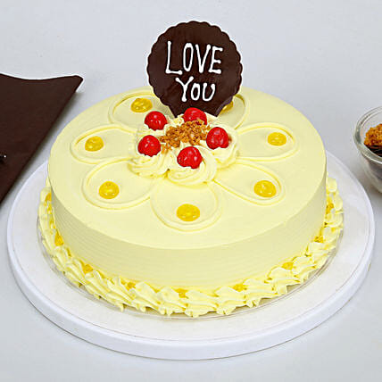 Buttery Cream Cake with love you Topper