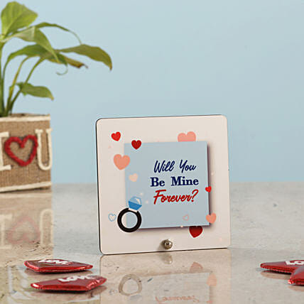 best table top for valentine week