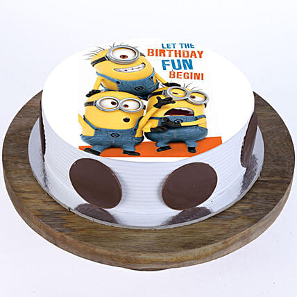 cartoon cake for kids online:Minion Theme Cake