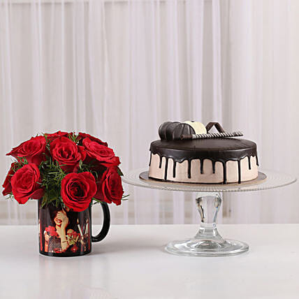 15 Red Roses Picture Mug & Chocolate Cake