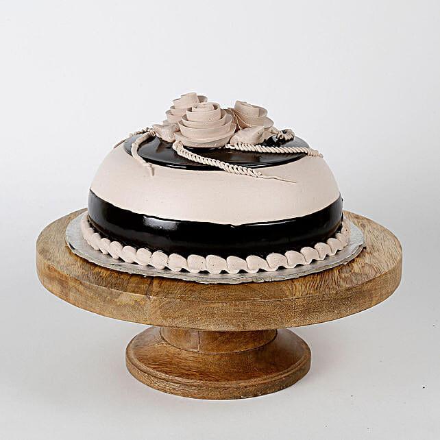 Special Chocolate Cream Cake Half kg Eggless