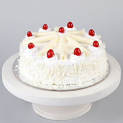 White Forest Cherry Cake- 1 Kg Eggless