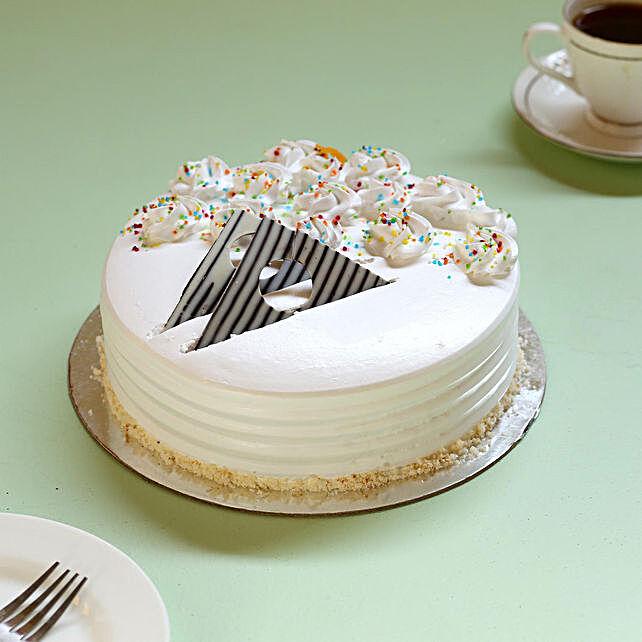 Creamy Vanilla Delight Cake- Half Kg