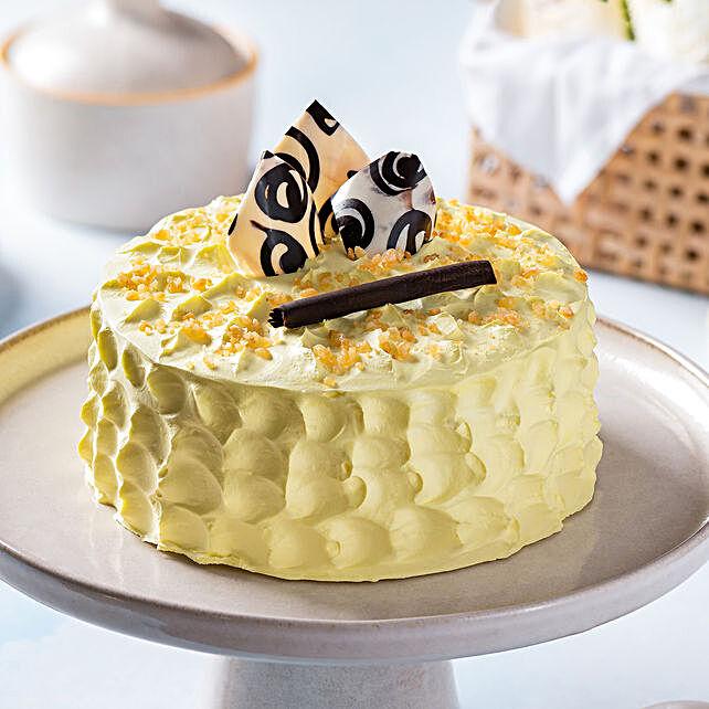 Crunchy Butterscotch Cake- Half Kg