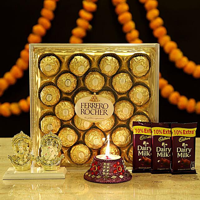 Online Laxmi Ganesha & Chocolates:Ganesh and Lakshmi Idols