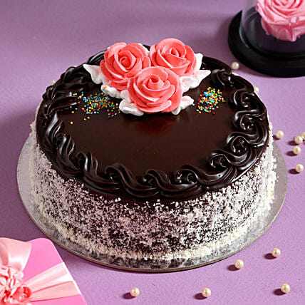 Rosy Chocolate Cream Cake- 1 Kg Eggless