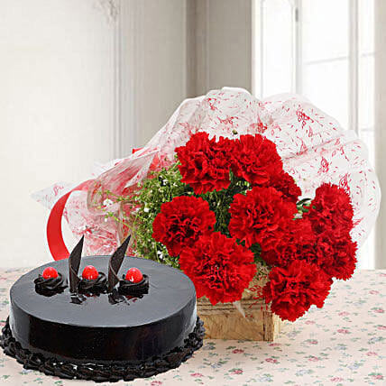 Mouthwatering Truffle Cake With Flower