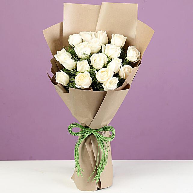 Oerder Online 18 White Roses Set