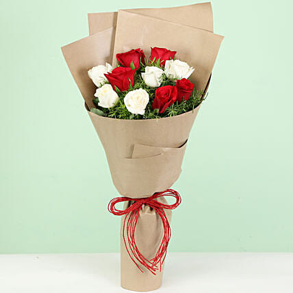 10 White Red Roses Bouquet