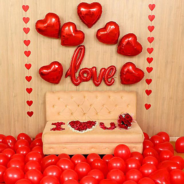 Exquisite Love Expression Decor