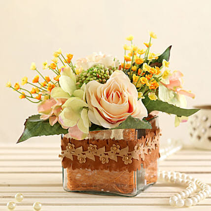 online Mixed Pink Flowers In Lace Vase