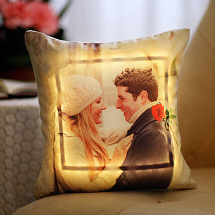 Online LED Picture Cushion For Couple