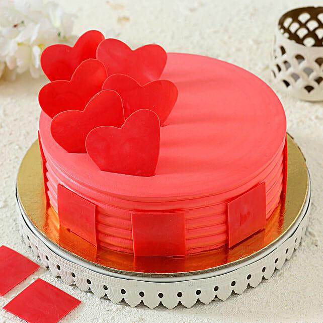delicious strawberry cake online
