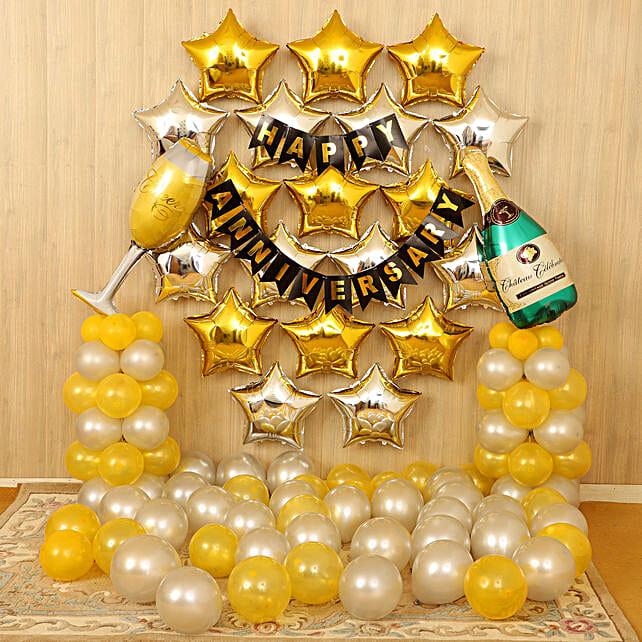 Gold Silver Anniversary Décor