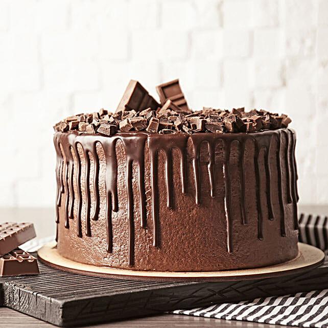 delicious chocolate cake online