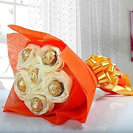 Ferero Rocher Chocolate Boquet:Valentine Chocolate Bouquet