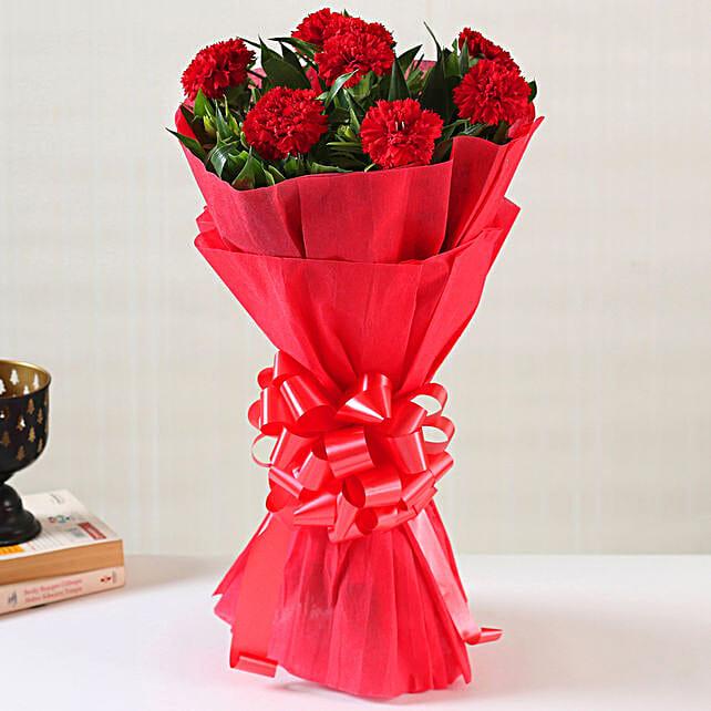 Online Ravishing Red Carnations