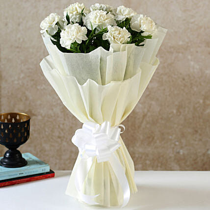 8 White Carnations Bouquet Small