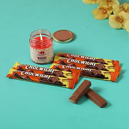 chocwich brown chocolates festive candle combo