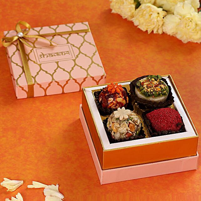 Premium Peach Sweet Box