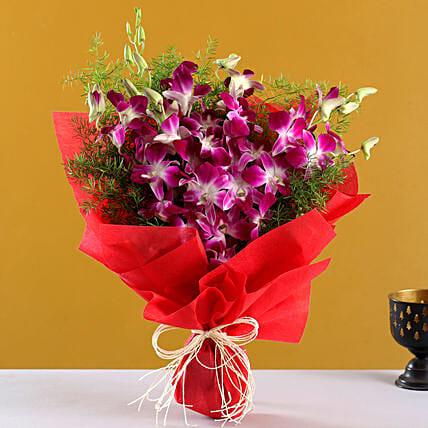 Perfect N Elegance - Bunch of 6 Purple orchids.:Wedding Gifts Panchkula